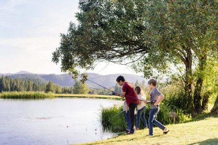 A family fishing at Greenhorn Lake