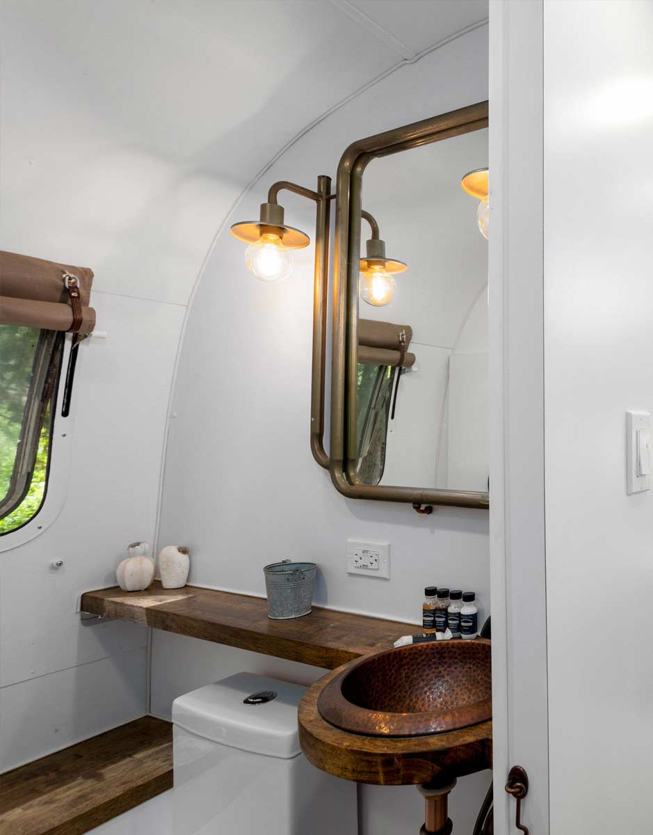 image of creekside airstream bathroom